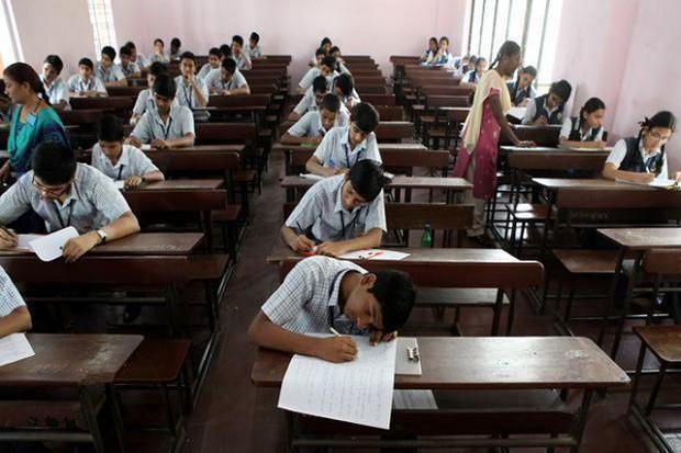Đối phó với vấn nạn hiếp dâm, Ấn Độ lên kế hoạch lắp camera giám sát trong các lớp học - Ảnh 2.