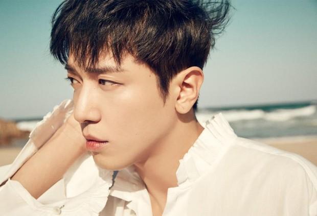Hậu scandal gian lận, Yonghwa (CNBLUE) bị hạn chế xuất hiện trong các show truyền hình - Ảnh 1.