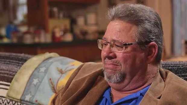 Được chẩn đoán không còn sống bao lâu nữa, người bố đành trao con cho người khác, 40 năm sau, ông đau đáu tìm câu trả lời - Ảnh 1.