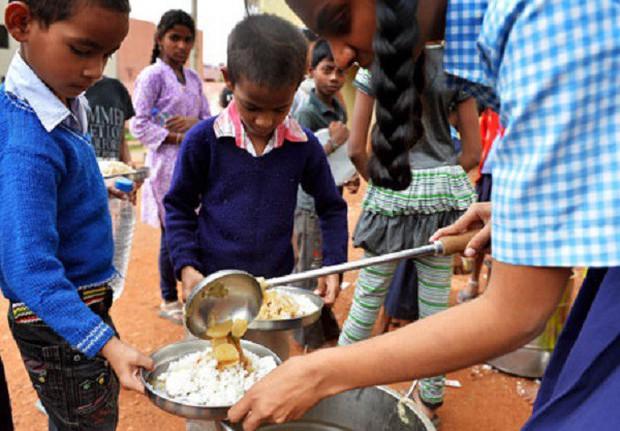 Đối phó với vấn nạn hiếp dâm, Ấn Độ lên kế hoạch lắp camera giám sát trong các lớp học - Ảnh 3.