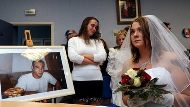 Những luật lệ hôn nhân kì lạ nhất thế giới: Philippines không cho phép ly hôn, Anh không công nhận hôn nhân tổ chức ở ngoài trời - Ảnh 4.