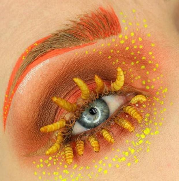 Nhặt nhạnh xác côn trùng, cô gái đã làm nên những tác phẩm make up đỉnh cao - Ảnh 5.