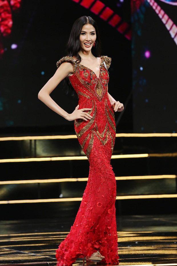 """Kể từ khi dự thi Hoa hậu Hoàn Vũ Việt Nam 2017, Hoàng Thùy lột xác hẳn với style """"bánh bèo"""" - Ảnh 5."""