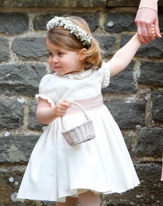 Tiểu Công chúa Charlotte vui tươi trong ngày đầu tiên đến trường mẫu giáo - Ảnh 5.