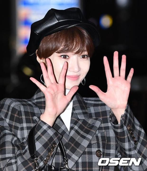 Mỹ nhân She was pretty đẹp bất chấp, Eunji (A Pink) bỗng lộ mặt trắng bệch bóng nhờn dọa fan tại tiệc mừng công - Ảnh 6.