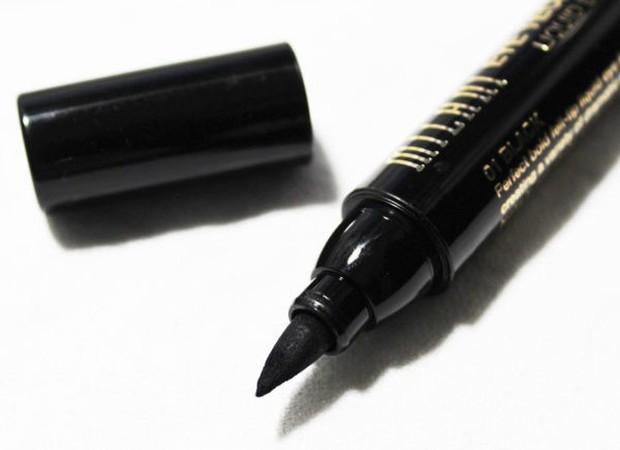 7 cây bút kẻ mắt giá chưa đến 200 nghìn mà vẫn giúp bạn có được đường eyeliner sắc sảo - Ảnh 6.
