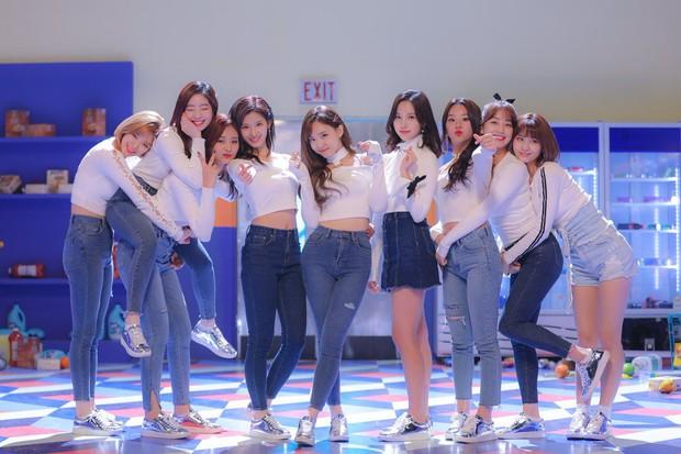 Ngôi sao quảng cáo của Hàn Quốc 2017: Wanna One là nhóm nhạc duy nhất, Song Song mất hút giữa dàn sao quyền lực - Ảnh 7.