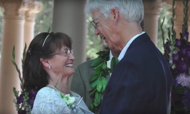 Sau 50 năm chia cắt vì bị bố phản đối tình yêu, cặp đôi xúc động nắm tay nhau làm lễ kết hôn - Ảnh 7.
