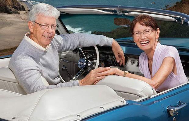Sau 50 năm chia cắt vì bị bố phản đối tình yêu, cặp đôi xúc động nắm tay nhau làm lễ kết hôn - Ảnh 8.