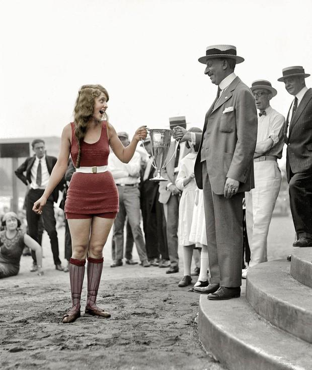 Vẻ đẹp của những hoa hậu Mỹ từ cách đây cả gần 100 năm hồi sinh nhờ công nghệ chỉnh màu ảnh đen trắng - Ảnh 7.