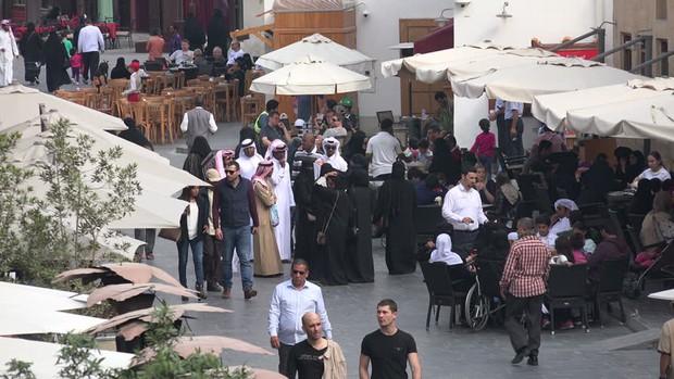 Các tuyển thủ U23 Qatar lớn lên trong những chuẩn mực văn hoá và quy tắc xã giao đầy tính khuôn phép ra sao? - Ảnh 8.
