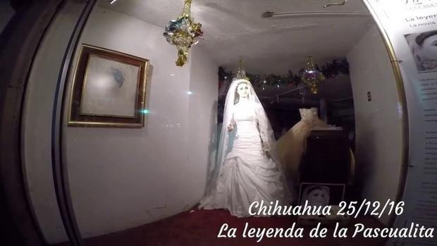 Bí ẩn chuyện cửa hàng váy cưới dùng xác ướp người chết làm ma-nơ-canh, hơn 80 năm rồi vẫn chưa có câu trả lời thuyết phục - Ảnh 8.