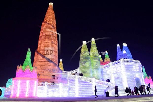 Mãn nhãn trước thế giới thu nhỏ tại Lễ hội Băng đăng quốc tế Harbin - Ảnh 9.