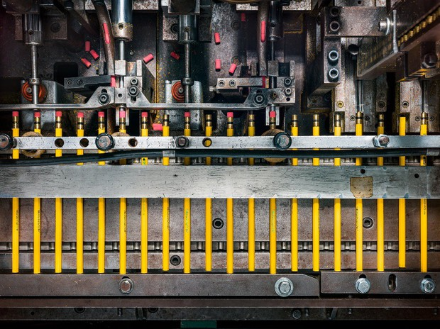 Đột nhập một trong những nhà máy sản xuất lõi bút chì cuối cùng của Mỹ, tất cả thực sự rất tuyệt vời - Ảnh 10.