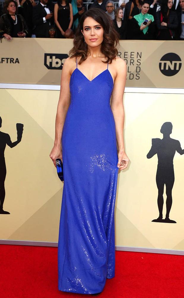 Dàn mỹ nhân Hollywood lại lộng lẫy đủ sắc màu trên thảm đỏ SAG sau phong trào diện đồ đen - Ảnh 10.