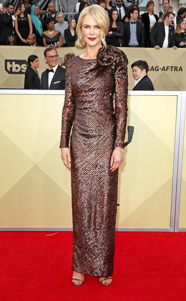 Dàn mỹ nhân Hollywood lại lộng lẫy đủ sắc màu trên thảm đỏ SAG sau phong trào diện đồ đen - Ảnh 8.