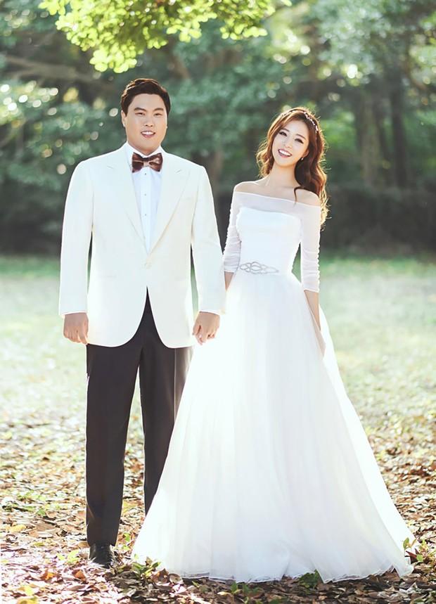 Đám cưới hội tụ toàn sao khủng: Lee Kwang Soo bỗng điển trai, Phạm Băng Băng Hàn Quốc bị mỹ nhân vô danh đè bẹp - Ảnh 33.