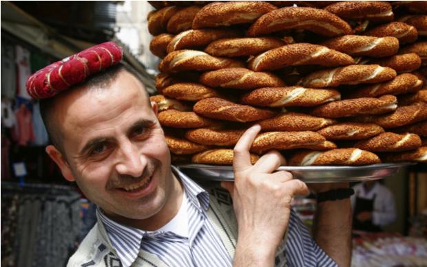 CNN vinh danh 23 khu ẩm thực đường phố đặc sắc nhất thế giới, Việt Nam tự hào có đại diện trong danh sách này - Ảnh 6.