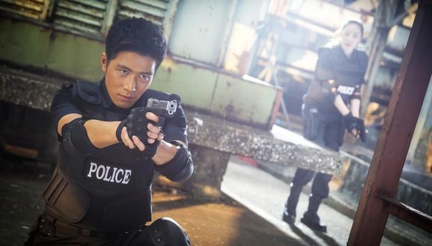 Trần Học Đông gặp tai nạn khi tự mình cân gần hết cảnh hành động trong Cuộc Gọi Bạc Tỷ - Ảnh 3.