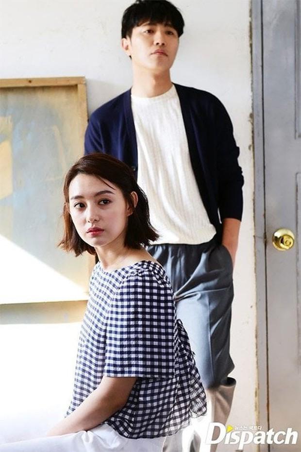 Biên kịch Hậu Duệ Mặt Trời lại tạo cơ hội cho đôi Jin Goo - Kim Ji Won tương phùng trong bom tấn mới - Ảnh 3.