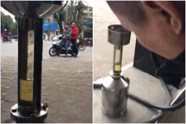 Hà Nội: Mang ô tô dung tích bình 70l đi đổ xăng, người đàn ông giật mình khi đổ 80l mới đầy, chủ cây xăng lên tiếng - Ảnh 4.
