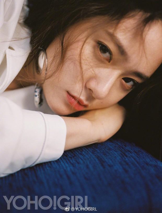 2 cô bạn gái của Kai (EXO) giống nhau khó tin: Nhan sắc, thần thái, thời điểm dính phốt thái độ, hẹn hò đều trùng hợp - Ảnh 7.