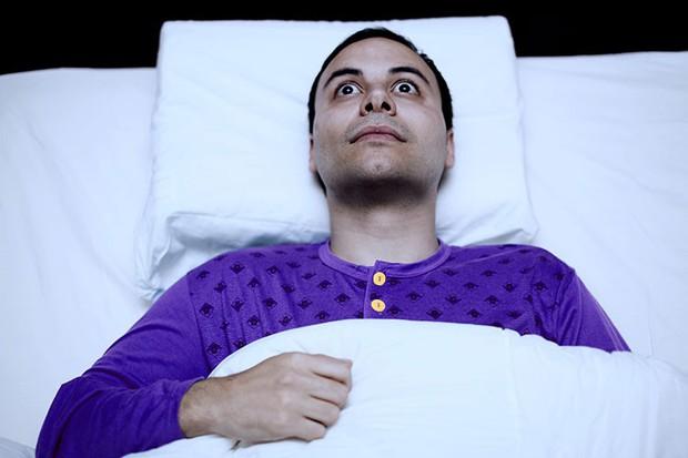 Giải mã sự thật bất ngờ đằng sau khả năng ngủ không nhắm mắt trong truyền thuyết - Ảnh 2.