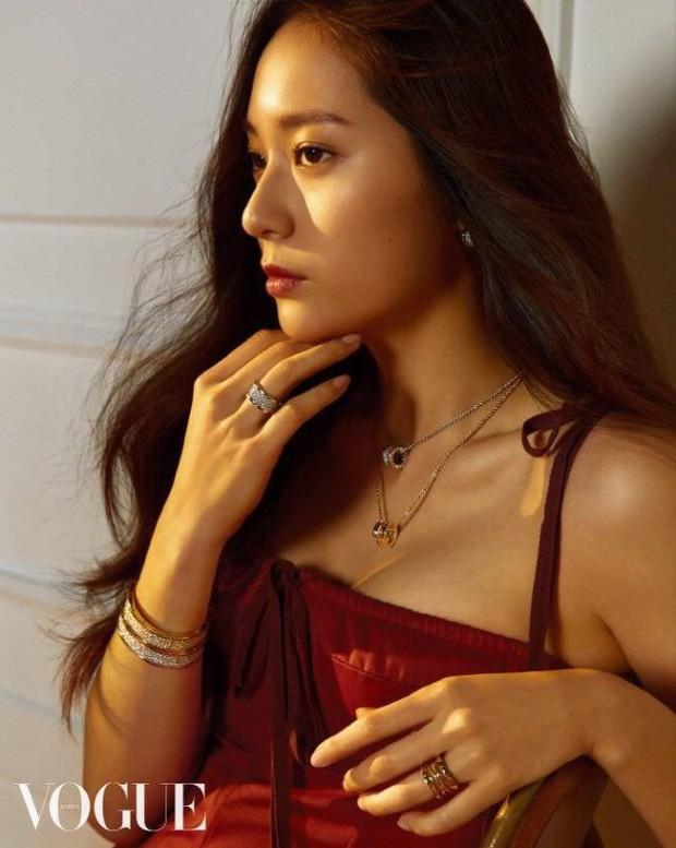 2 cô bạn gái của Kai (EXO) giống nhau khó tin: Nhan sắc, thần thái, thời điểm dính phốt thái độ, hẹn hò đều trùng hợp - Ảnh 8.