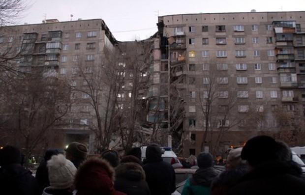 Đã tìm thấy 8 nạn nhân trong vụ sập nhà chung cư tại Nga - Ảnh 1.