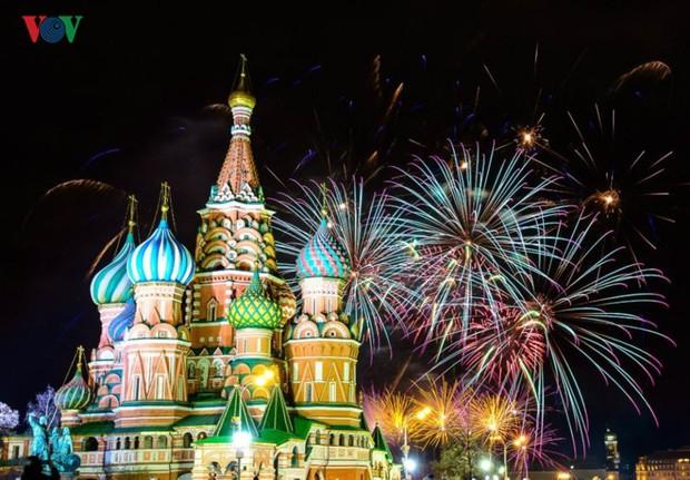 Ảnh: Nước Nga tưng bừng chào đón năm mới 2019 - Ảnh 18.