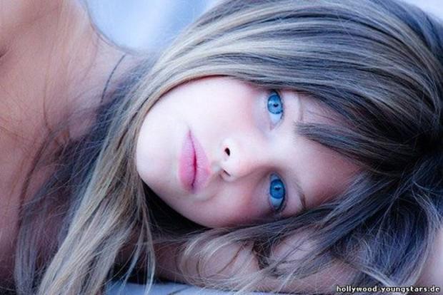 Khó tin vẻ ngoài của người mẫu nhí từng được mệnh danh cô bé đẹp nhất thế giới, gây tranh cãi với bộ ảnh gợi cảm sau 11 năm - Ảnh 5.