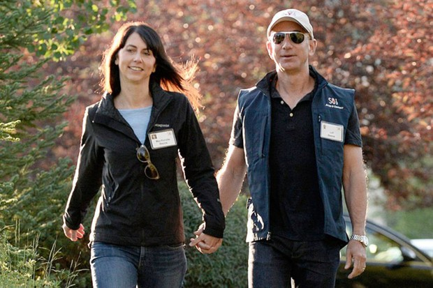 Lương duyên 25 năm của ông chủ Amazon và vợ: Chưa kịp yêu đã cưới từ thuở cơ hàn, tan vỡ trên đỉnh cao giàu sang phú quý - Ảnh 1.