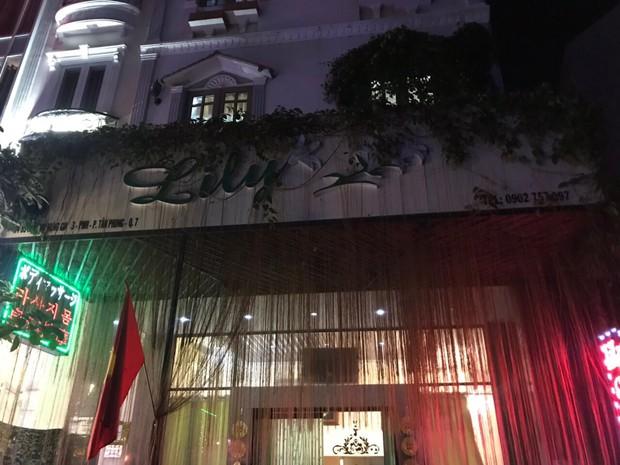 Nữ nhân viên spa bán dâm cho khách nước ngoài ở phòng VIP với giá 1,2 triệu đồng/lượt tại Sài Gòn - Ảnh 1.