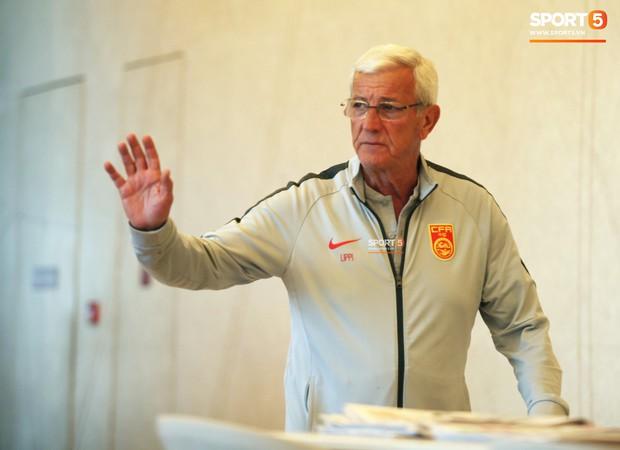 HLV từng vô địch World Cup dạy bóng đá Trung Quốc 4 bước để lên đời - Ảnh 1.