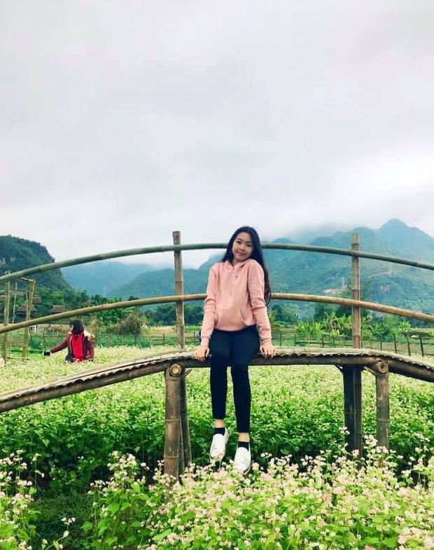 Bà xã Quyền Linh khoe ảnh cả gia đình ghé Mộc Châu, ai cũng chú ý đến 2 cô con gái xinh như hoa hậu - Ảnh 9.