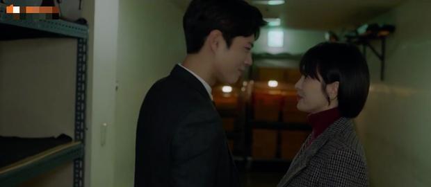 Chàng trai rồi vợ Song Joong Ki thế nào cũng ghen tím mặt khi xem đến cảnh này của Encounter - Ảnh 6.
