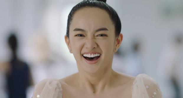 Xem liền tay hậu trường Hồn Papa, Da Con Gái nếu bạn tò mò Kaity Nguyễn - Trang Hý quẩy nhạc Vinahey như thế nào - Ảnh 10.
