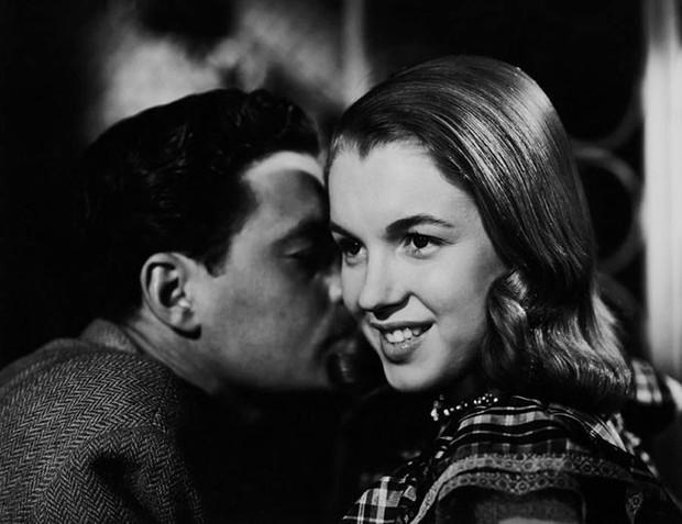 Hé lộ loạt ảnh hiếm thời chưa nổi tiếng của quả bom sex Marilyn Monroe - Ảnh 14.