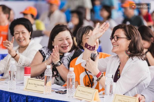 Những khoảnh khắc xúc động trong chương trình Giao lưu với người khuyết tật ở Sài Gòn - Ảnh 5.