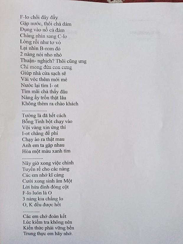 Cô giáo biết lớp học giỏi Văn nên ra hẳn đề kiểm tra Hoá dưới dạng thơ tình để lớp thành người có Văn Hoá - Ảnh 3.