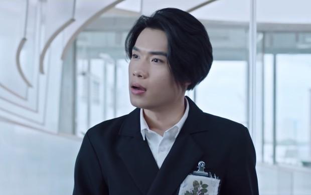 Quang Trung - Từ chàng trai nói không với diễn xuất đến diễn viên bỏ túi hai vai điện ảnh cực duyên - Ảnh 12.