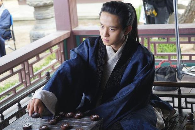 """Chỉ tháng đầu năm, làng phim Hàn """"méo mặt"""" vì 7 vụ ồn ào chấn động, đến phim hot SKY Castle cũng vướng chỉ trích - Ảnh 10."""