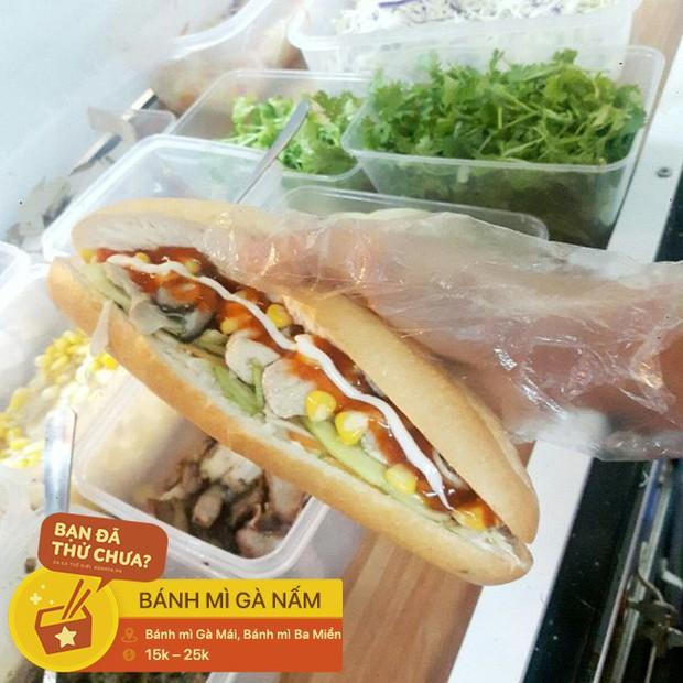 Có mặt trong đủ các món ăn từ Tây đến Ta, gà nấm thơm lừng thật ra cũng rất được người Hà Nội ưa chuộng nhé - Ảnh 5.