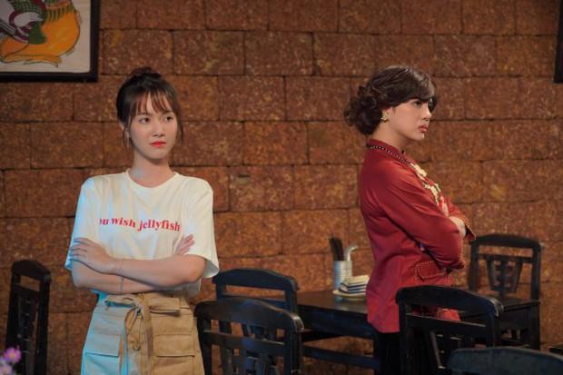 Duy Khánh và Quang Trung Tết này rủ nhau trở thành 2 bà cô vừa già, vừa ế vừa khó tính trong web drama Bà 5 Bống - Ảnh 5.