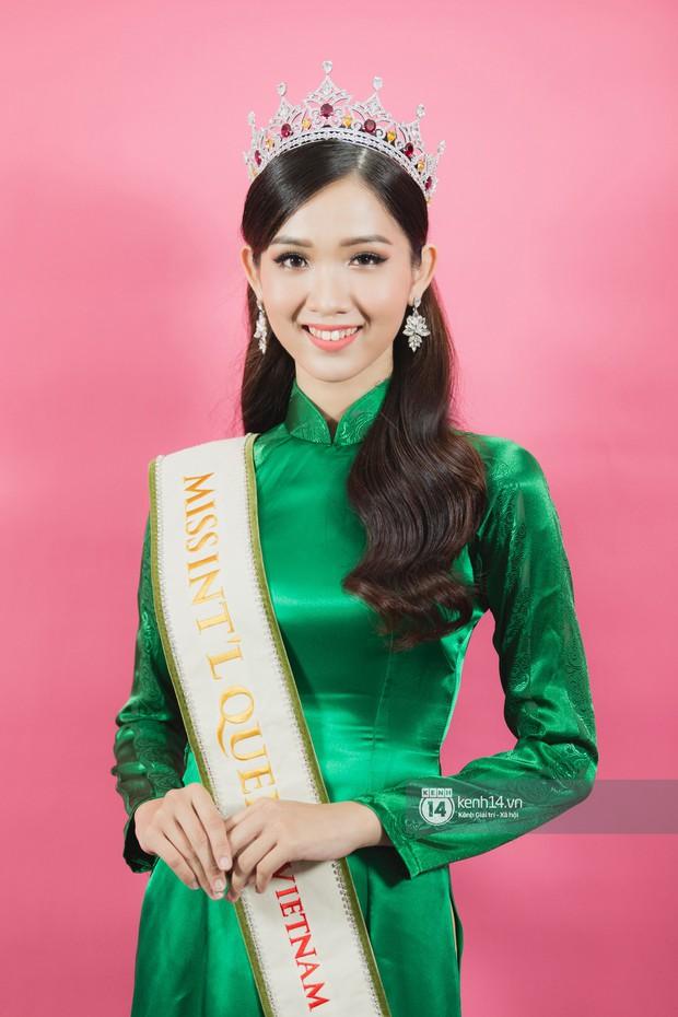 Clip: Quán quân The Tiffany Vietnam Nhật Hà tự tin bắn tiếng Anh khi đi giao lưu cùng Hoa hậu Hương Giang - Ảnh 7.