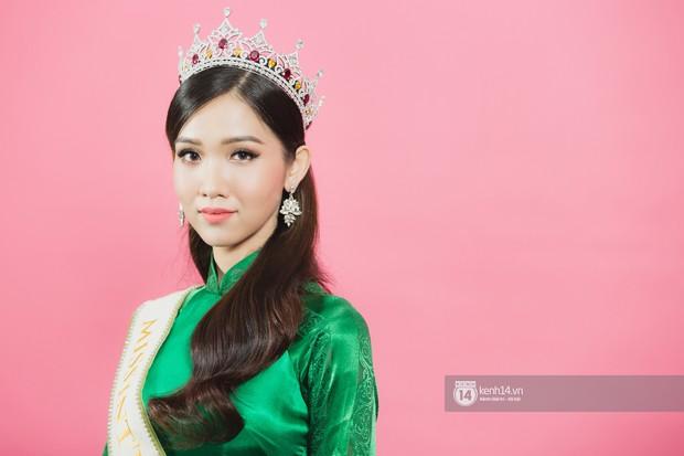 Clip: Quán quân The Tiffany Vietnam Nhật Hà tự tin bắn tiếng Anh khi đi giao lưu cùng Hoa hậu Hương Giang - Ảnh 6.