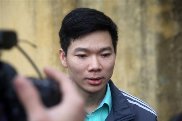 Tiếp tục đề nghị hoãn phiên tòa dù bác sỹ Hoàng Công Lương đã có mặt - Ảnh 1.