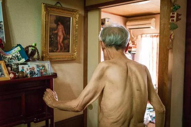 3 năm, 32 bức ảnh, nhiếp ảnh gia ghi lại quá trình trước khi cha từ giã cõi đời vì ung thư: Đừng để người thân một mình chống chọi - Ảnh 12.