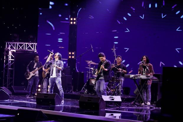 Ban nhạc Việt: Mang cả chồng ra chiêu dụ thí sinh nhưng Mỹ Linh vẫn không thắng nổi Phương Uyên - Ảnh 5.