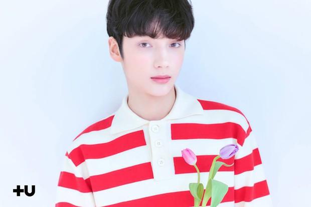 Không phải nhóm nhạc thuần Hàn như BTS, TXT có một thành viên ngoại quốc với gương mặt như con lai - Ảnh 3.